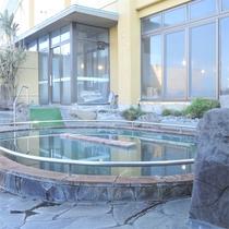 *【ぬる湯】プールのような流れるお風呂