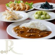 【朝食】仙台名物の牛タンカレーや笹かま、ずんだもご用意しております。