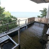 2階女性側大浴場の露天風呂
