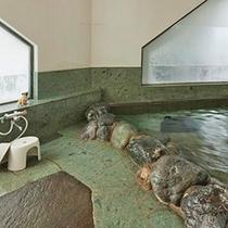 *大浴場(岩風呂)