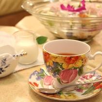 【リビング】ワン友とお茶を飲みながらまったりトーク♪