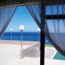 本館スタンダードツインルーム窓辺からの風景