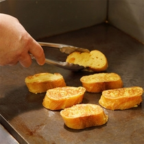【朝食】アツアツ出来立てのフレンチトーストをどうぞ♪