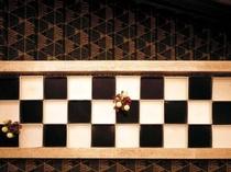別館地下1階 石畳紋