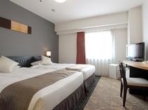 ハリウッドツイン(18平米・110cm幅X2台のベッドが横並びで広々)