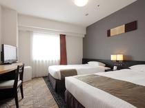 ツインルーム(18平米・110cm幅X2台のベッド)