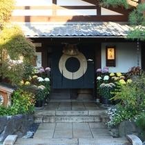 ■正面玄関