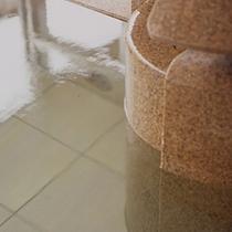 大浴場・露天風呂・貸切風呂すべてが天然温泉かけ流し!
