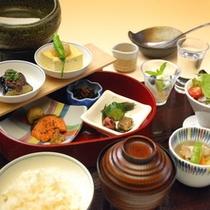 朝食~和食膳(イメージ)