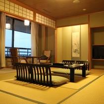 【特別客室16帖】展望風呂がついた16帖の広々和室。