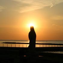 【夕日】どうぞこの絶景を是非ご自身の目でお確かめ下さいませ。