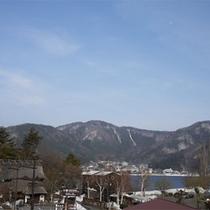 *河口湖/当館より徒歩1分!富士山麓観光の人気スポットまですぐで便利です。