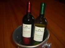 ソムリエおススメワイン揃えました。