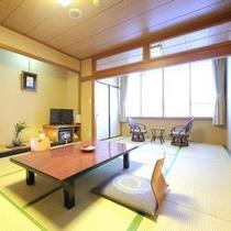 【和室】 ※ご人数に合わせた広さのお部屋をご用意しております。