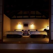 【別荘:閑-kan-】*古民家の落ち着いた空間に高級アンティーク家具。日常を忘れリラックスタイムを。