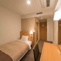 【客室一例】禁煙シングル・Wi-Fi完備・ベット幅120cm×縦200cm・約13.2平米
