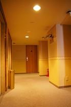 客室廊下001