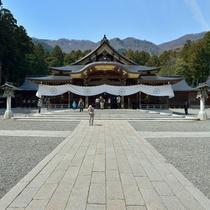 *周辺情報/おやひこさまの愛称で信仰を集める弥彦神社