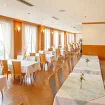 ■レストラン「プラシャンティ」