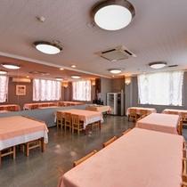 *ダイニングルーム/ご朝食はこちらでお召し上がり下さい。
