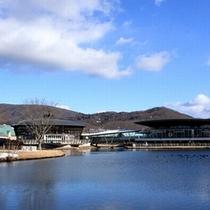 【軽井沢プリンスショッピングプラザ】アウトレットでショッピング満喫!軽井沢駅から徒歩1分の好アクセス