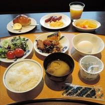 *【ご朝食一例】バイキングまたは和定食ご用意いたします