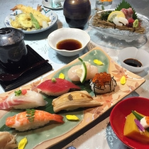 *【ご夕食一例】新鮮な海の幸を使ったキング定食をご賞味下さい