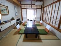富士見屋本館 和室6畳のお部屋の一例 (お食事処として、ご利用いただく場合も)