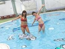 温水プール(車で2分)