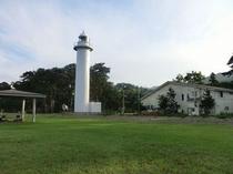 当店と平舘灯台