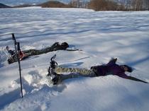 【スノーシューツアー】ふかふか新雪に大の字になって!(裏山コース)