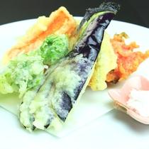 夕食スタンダード・リーズナブル-季節の天ぷら