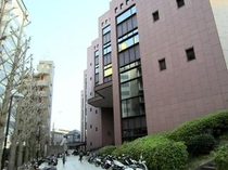横浜市中央図書館【徒歩3分】①