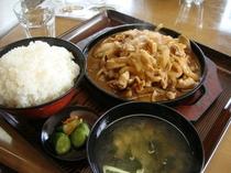 俳優・松山ケンイチの大好物!バラ焼き定食。
