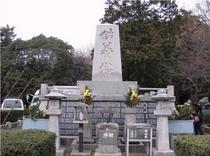 豊川稲荷供養塔