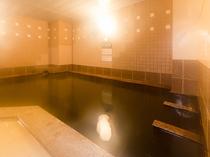 女性大浴場。泉質はナトリウム・塩化物強塩泉