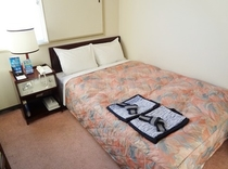 【セミダブルルーム】10.5㎡〜13.5㎡(お部屋によって異なります)・ベッド幅120cm