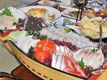 【料理】季節の料理一例(舟盛り)