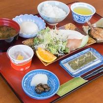 *【ご朝食】ご飯、味噌汁、干物など和定食をご用意