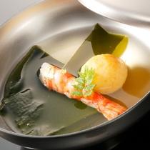 お椀(日本料理イメージ)