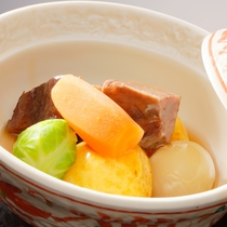 煮物(日本料理イメージ)