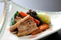 【薬膳料理】豚肉と木耳と豆鼓炒め