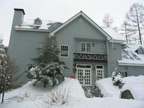 雪の木の実