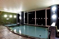 大浴場からの夜景です★