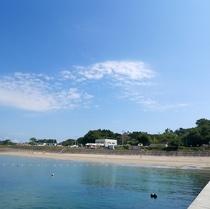 【長須賀海水浴場】天然の砂浜ビーチ、海水浴シーズン:8月初旬から中旬にかけて