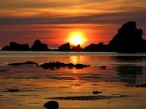 夕日を海岸からお楽しみ頂けます。