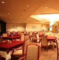 レストランは朝食~夕食まで対応しています。