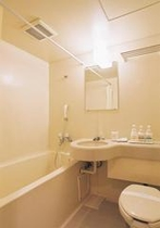 バスルーム広いスペース、大きいバスタブ♪トイレは全室ウォシュレット♪