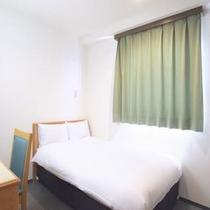 【セミダブルルーム】綺麗に清掃されたお部屋でお2人様でお寛ぎ下さい♪
