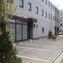 【プラン】 【ホテル駐車場(レストラン前)】ホテル敷地内駐車場は完全予約制です!